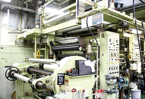 3色グラビア輪転印刷機