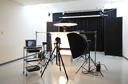 東北紙工 社内写真スタジオ